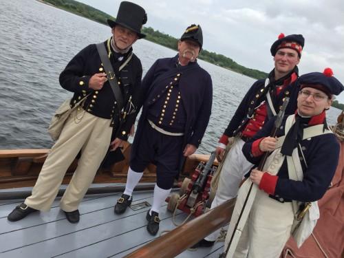 Equipage De Delft met saluutkanon - reenactment Nederlandse Marine 1795 - 1830 - Netherlands Navy re-enactment - schipper - constabel-majoor-quartiermeester-matroos