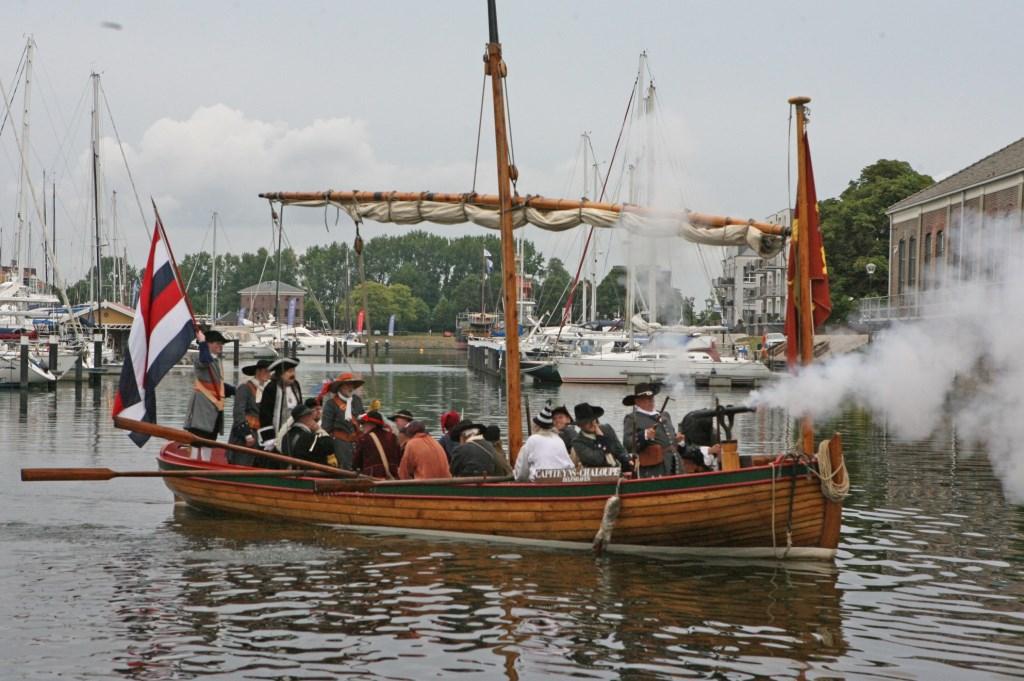 Groot Hellevoet - Michiel de Ruyter - Mariniers - Tocht naar Chatham 1667 - terugkomst Hellevoetsluis - Equipage De Delft - Raid on the Medway return Dutch Navy